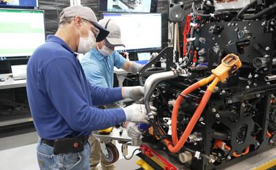 Toyota Motor Manufacturing Kentucky empezará a ensamblar módulos integrados de celdas de combustible dobles para camiones comerciales de trabajo pesado impulsados por hidrógeno.